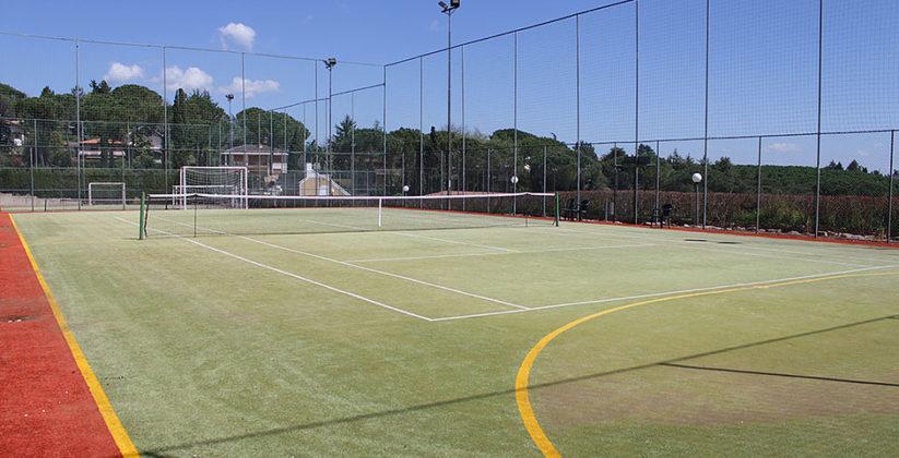 collediana asd offre campi polivalenti in cui divertirti nel giocare a tennis o a calcetto con i tuoi amici