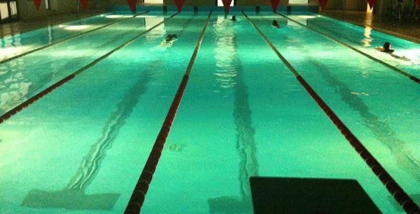 swimming club, da loro troverai istruttori qualificati che ti consentiranno di nuotare in tutta sicurezza