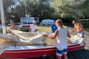 In barca a Vela sul lago di…